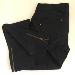 XOXO sassy black Skinny pants with zippers